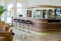 lobbi-bar-v-gostinice-belarus-proizvodstvo-trejd-lajn-dizajn